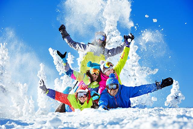 Forfaits de ski à prix réduits pour les 16 à 28/30 ans