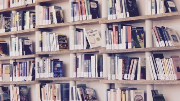 Petits instants de lecture bilingue français/espagnol